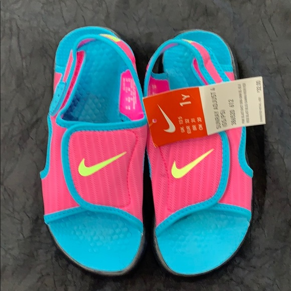 Nike Shoes | Girls Nwt Sz 1 Sandals